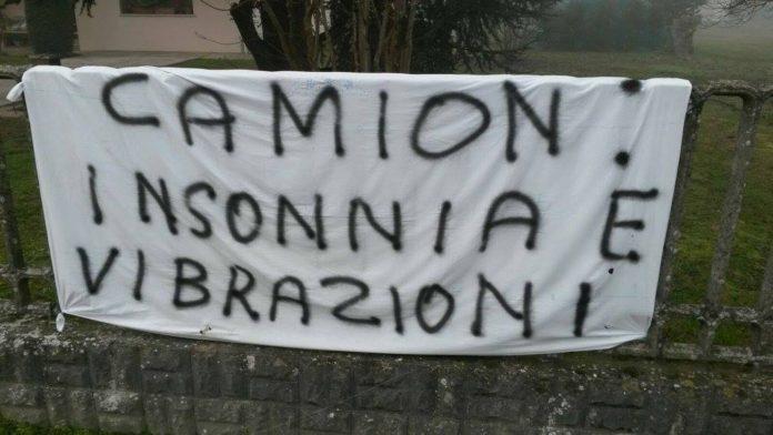 Discarica Rovigo esposto comitato