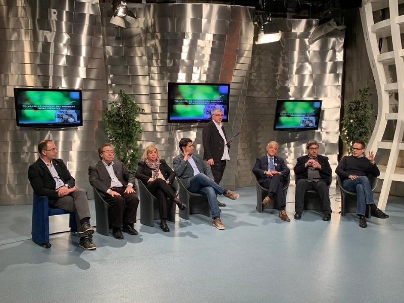 Pareri discordanti sul tema della crescita economica e della politica in Italia